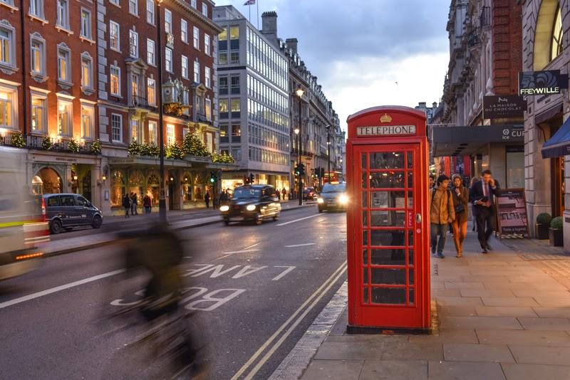 Cabine téléphonique Camden Londres Angleterre