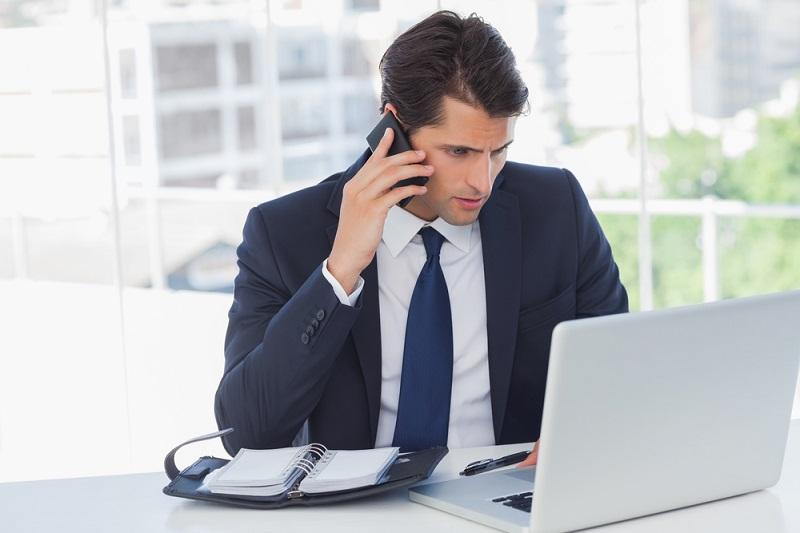 Répondre au téléphone en anglais : lexique